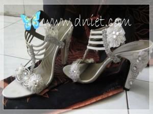 shoeswed1a